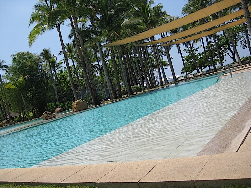 swimming pool of Anvaya Cove Beach and Nature Club