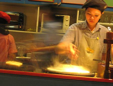 crêpe chef at Café Breton