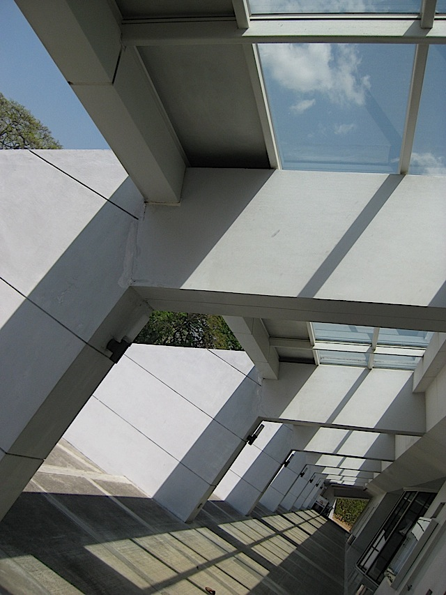 the Ateneo Church of the Gesù's entrance corridor with skylights