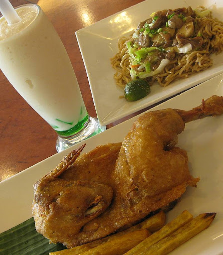 Max's fried chicken, pancit canton and buko pandan shake