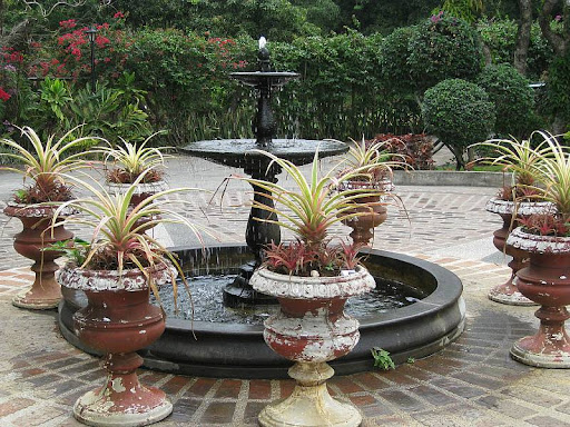 the fountain in the circular driveway of Caleruega in Batangas