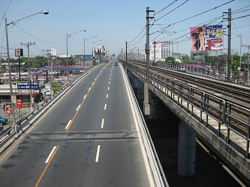 EDSA and MRT track near Quezon Avenue