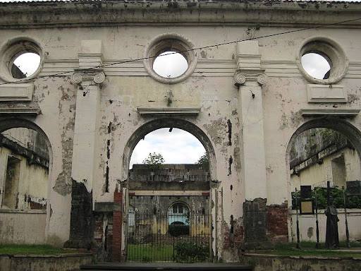 ruins of the San Ignacio Church in Intramuros