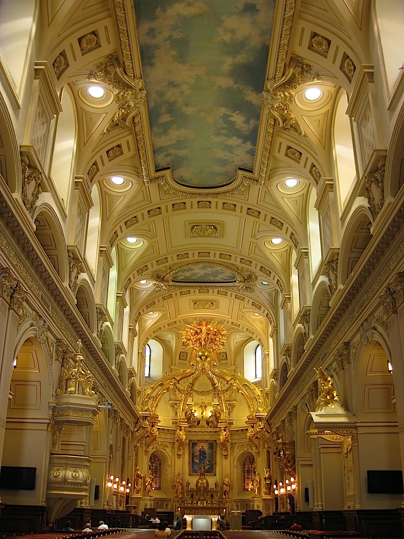 interior of the Notre-Dame de Québec, Quebec City