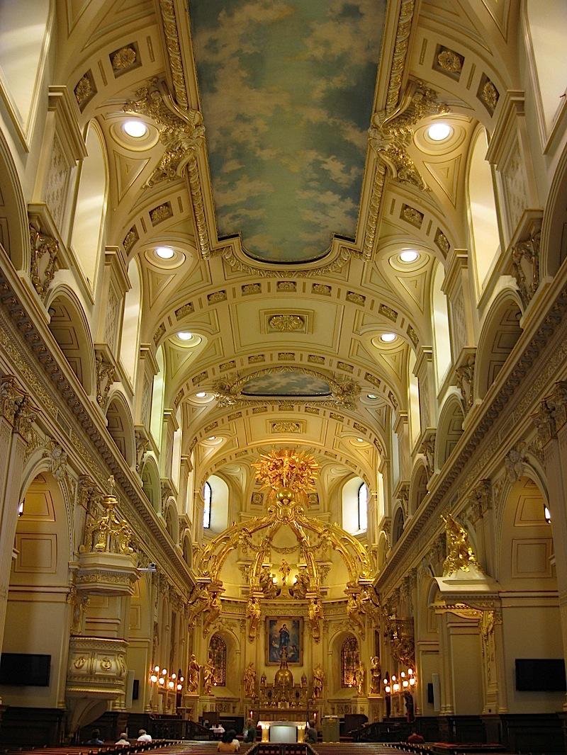 interior of the Notre-Dame de Québec, Quebec City