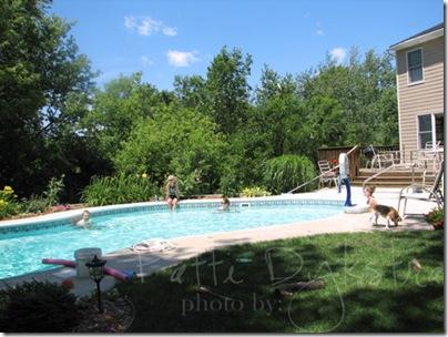 mom's-pool