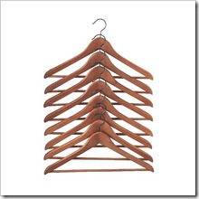 bumerang-curved-clothes-hanger-antique-stain__42327_PE137004_S4