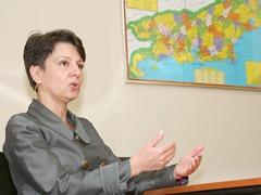 A secretária estadual de Educação, Tereza Porto, estará na Assembleia Legislativa (Alerj) (Foto: Divulgação)