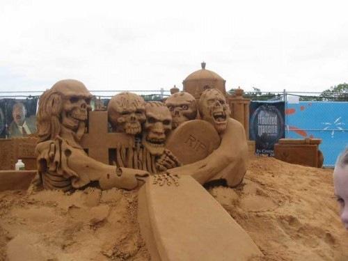 Sand-Sculptures (2)