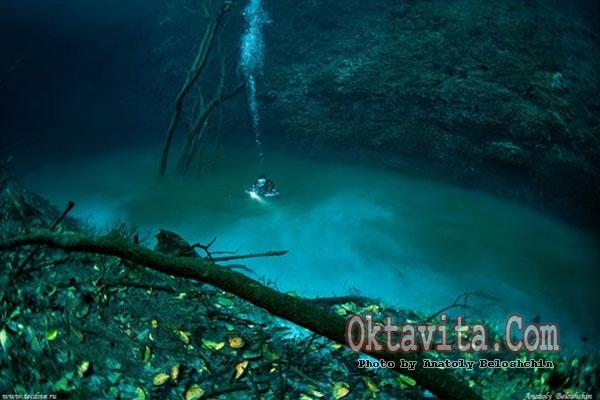 Mistery Underwater