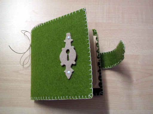 mini-album o diario dei segreti? Minialbum-feltro1-aperto