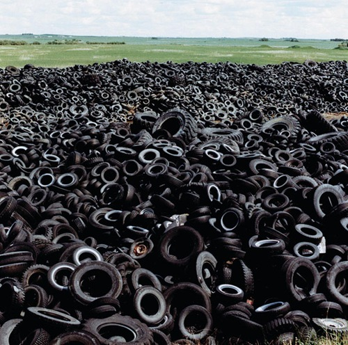 RUBBiSH uses rubber derived entirely from recycled tires. The rubber is melted, cleaned of impurities and particulates, and then given a new life as a sink.