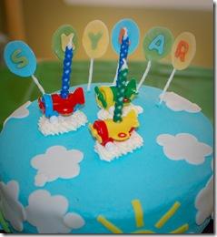 skylar cake balloons (1 of 1)