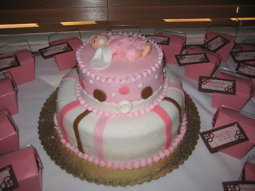 Dreama's_Baby_Shower_Cake_2.jpg
