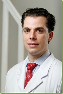 ENDOMETRIOSE SP - 27/10/2009 - Médico dr. Vladimir Schraibman, gastro-cirurgião. Foto: Leonardo Rodrigues