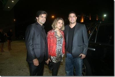 João Camargo recepciona o amigo Ronaldo Fenômeno e Bia Antony que foram conferir a coleção inv 2011 do amigo - IMG_0178