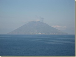 stromboli with smoke (Small)