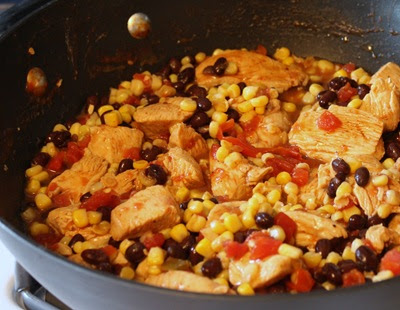 Sabby In Suburbia: Southwest Chicken and Pasta Skillet