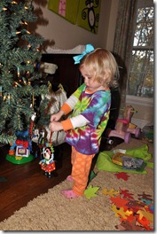 blair's christmas tree 112110 (4)