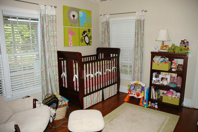 [standing-in-crib-and-nursery-052709-[4].jpg]