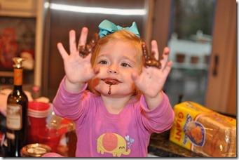 tasting muffin batter 010111 (2)