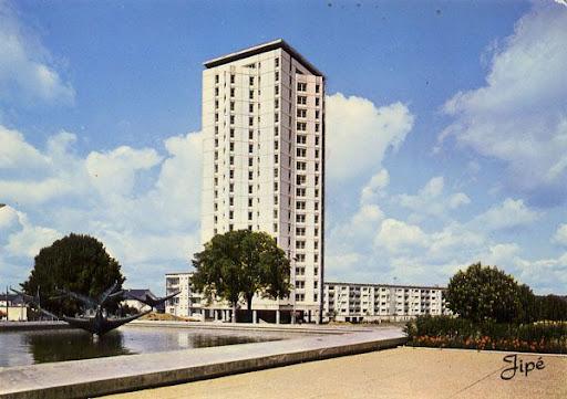 Cartes Postales Pop et  Kitsch des années 50, 70 et 70 Suburban buildings / Architecture banlieues