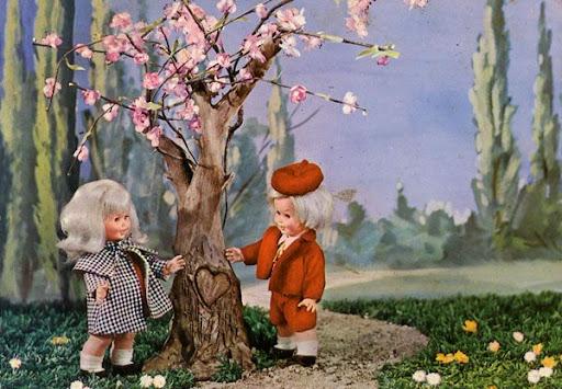 Cartes Postales Pop et  Kitsch des années 50, 70 et 70 Poupées