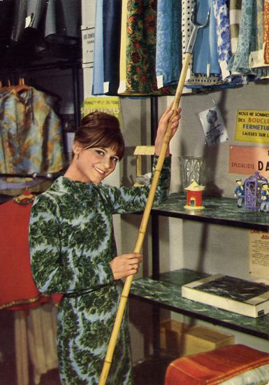 Cartes Postales Pop et  Kitsch des années 50, 70 et 70 - Pop and kitsch vintage postcards from the fifties, the sixties and the seventies : Working girls, Femmes au travail