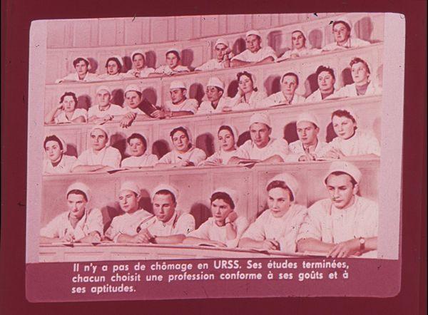 Films fixes et publicités de quartier (educational filmstrips) sur www.filmfix.fr : Voyage au pays des Soviets