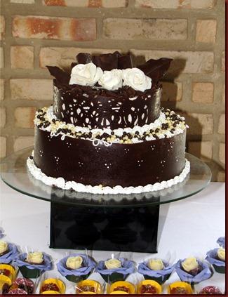 3 bolo placas de chocolate, bolos fabiana correia, bolos decorados maceió-AL