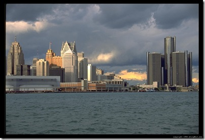 detroit-skyline-tight-2_4