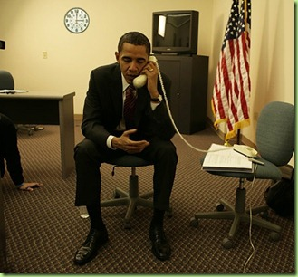 obama-phone-photo-opp-upside-down
