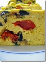 ricotta al forno con olive e pomodori secchi