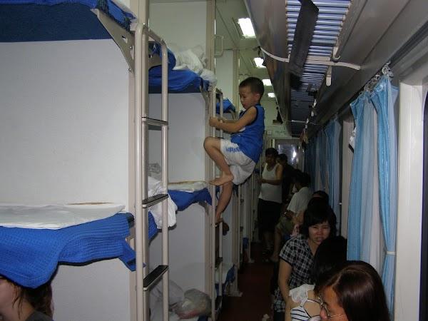 32. HK spre Vietnam