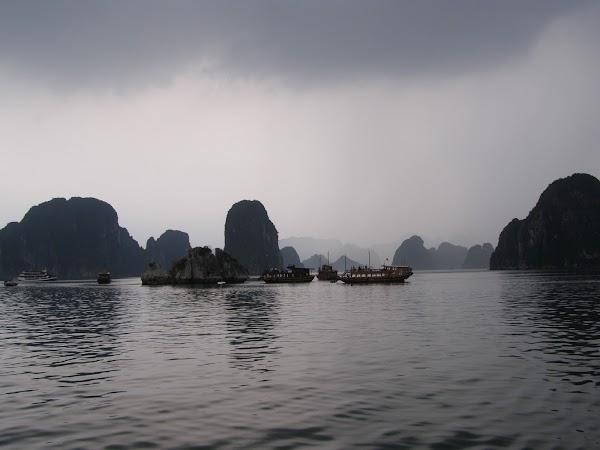 Obiective turistice Vietnam: Halong Bay