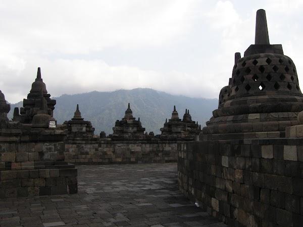 Imagini Indonezia: Borobudur