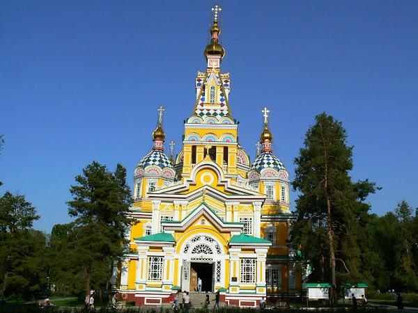 Obiective turistice Kazahstan: Catedrala ortodoxa rusa Almaty, Drumul spre China