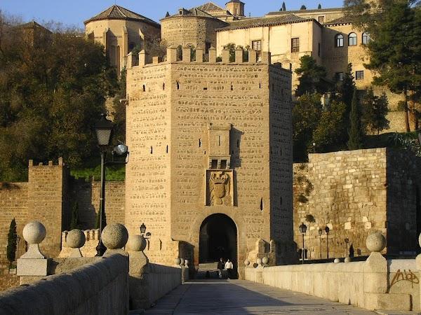 Obiective turistice Spania: Puente de Alcantara.JPG