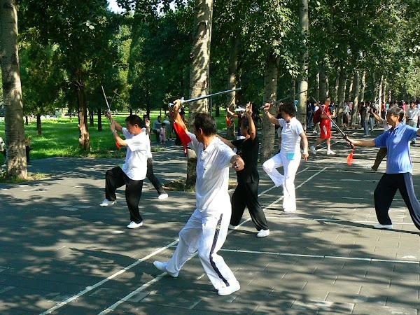 Obiective turistice China: spadasini in parcul Templului Cerului