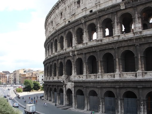 Colosseum-www.wonders-world-006
