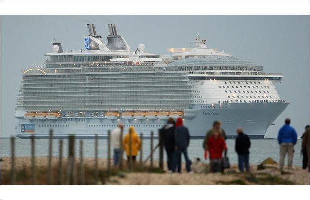 cruise_ship_11