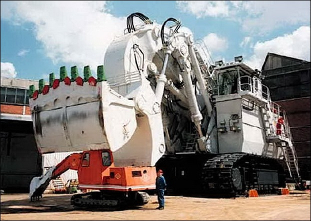 TEREX RH400 worlds largest hydraulic shovel 10
