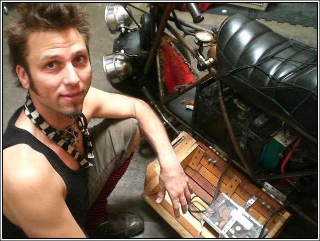Steampunk-Motorbike-11