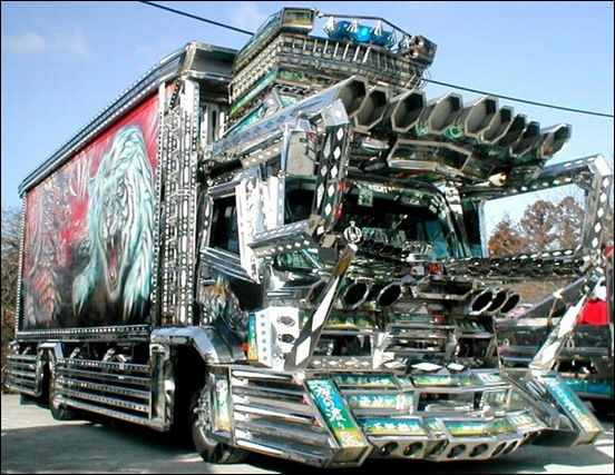Dekotora...Japanese mad custom truck modding01