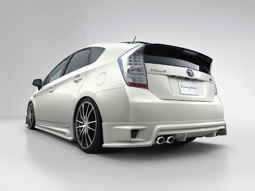 Toyota Prius Tommy Kaira rear