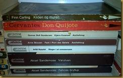 En samling Fontene- og Fakkelbøker. Sandemose, Skoen, Bull Gundersen, Carling, Nyquist og Cervantes.  Mange gode timer foran meg.