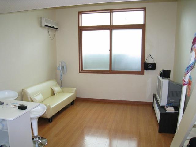 [Korean Apartment 05 [1024x768][2].jpg]