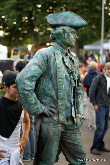 living-statues-around-the-world26.jpg