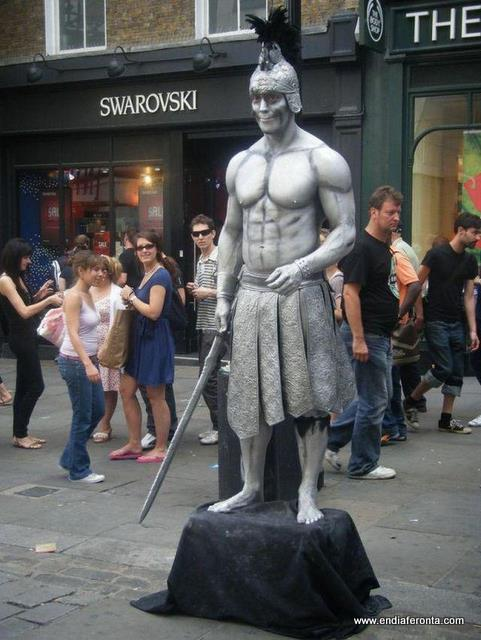 living-statues-around-the-world31.jpg