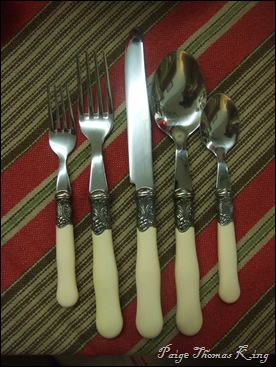 la brasserie flatware, ivory